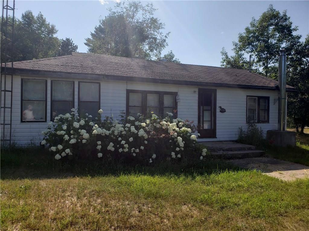 House for sale at 11 Bear Trail Rd Killaloe Ontario - MLS: 1163314