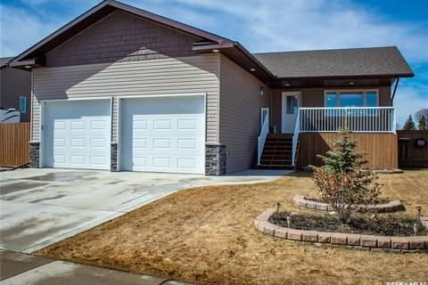 House for sale at 11 Carson St Melfort Saskatchewan - MLS: SK795645