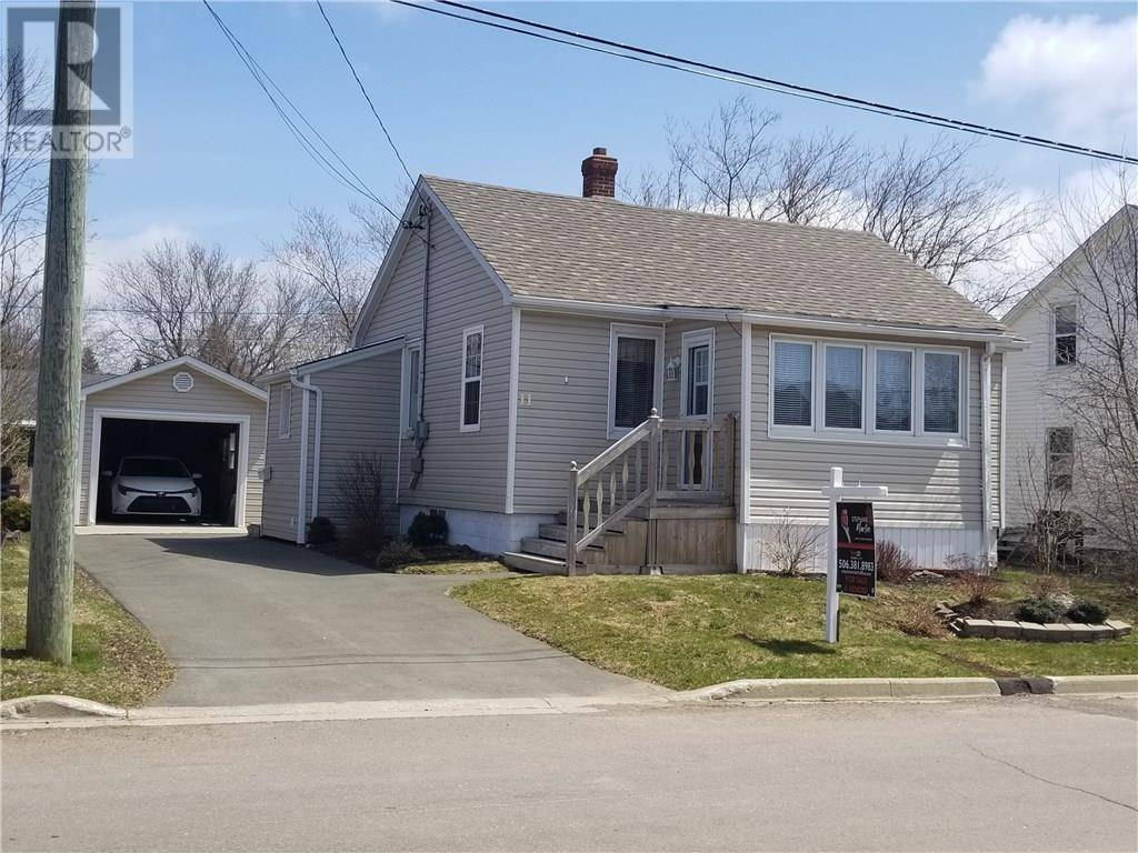 House for sale at 11 Clearview St Moncton New Brunswick - MLS: M127778