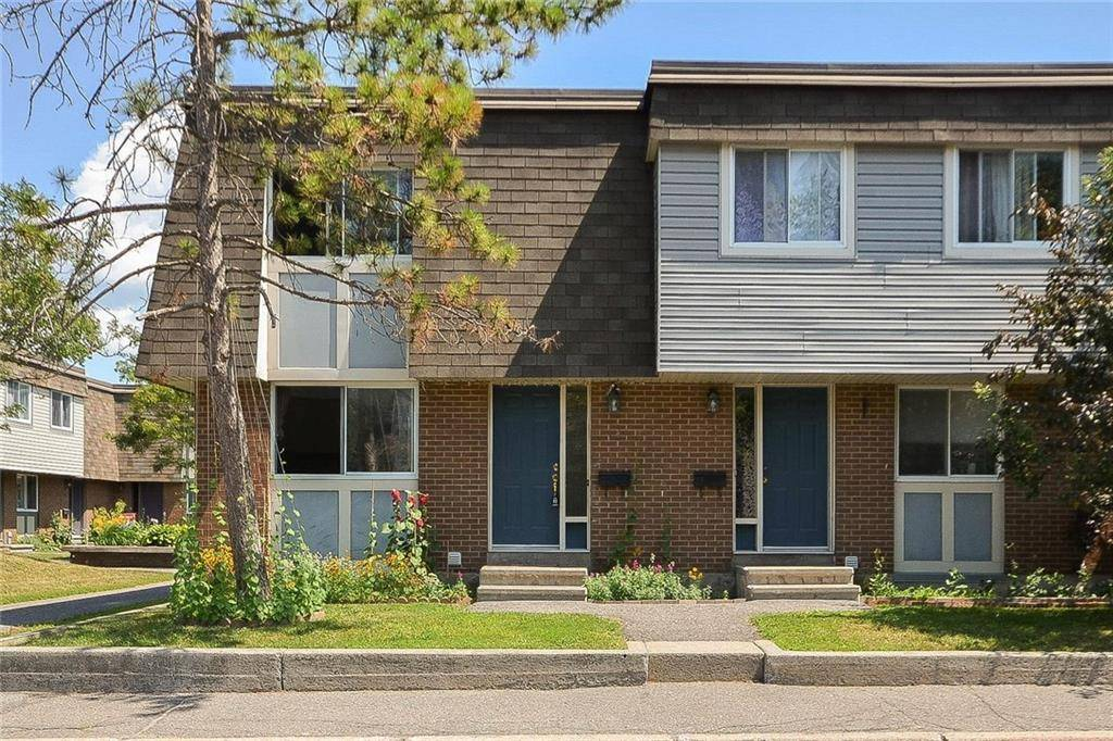 Townhouse for sale at 11 Corley Pt Ottawa Ontario - MLS: 1161769