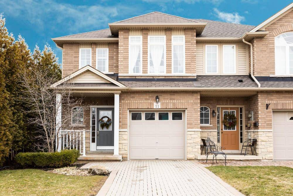 Townhouse for sale at 11 Cornerstone Dr Stoney Creek Ontario - MLS: H4075314
