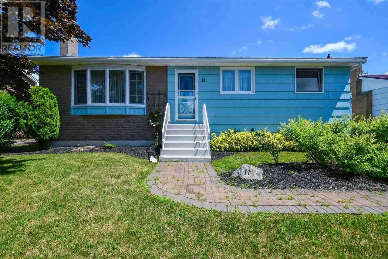 House for sale at 11 Delmac Ct Dartmouth Nova Scotia - MLS: 202015197
