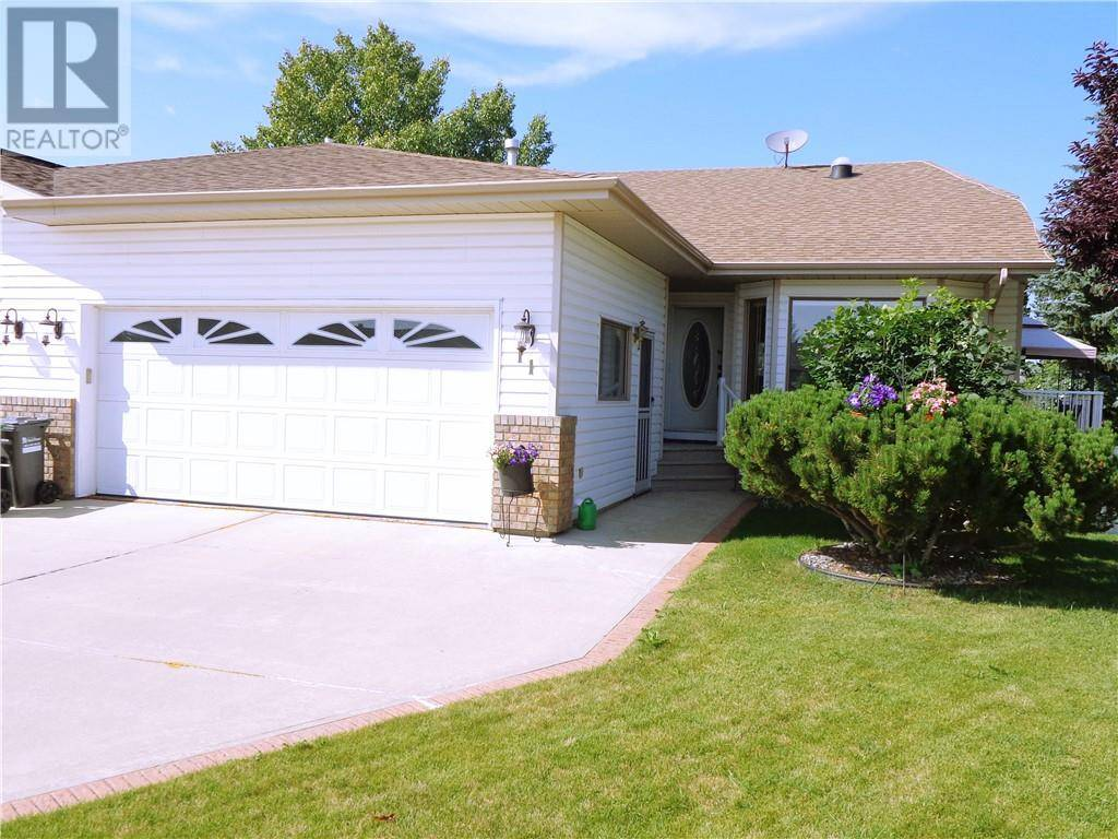 Townhouse for sale at 11 Dunn Cs Red Deer Alberta - MLS: ca0175288