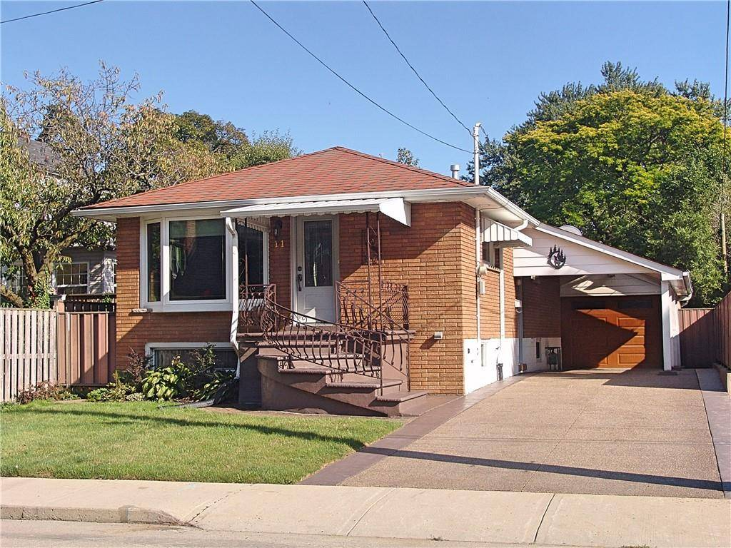 House for sale at 11 Elcho St Hamilton Ontario - MLS: H4065684