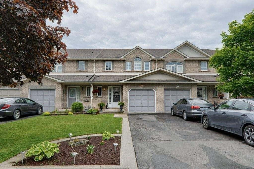 Townhouse for sale at 11 Elderberry Ave Grimsby Ontario - MLS: H4079331