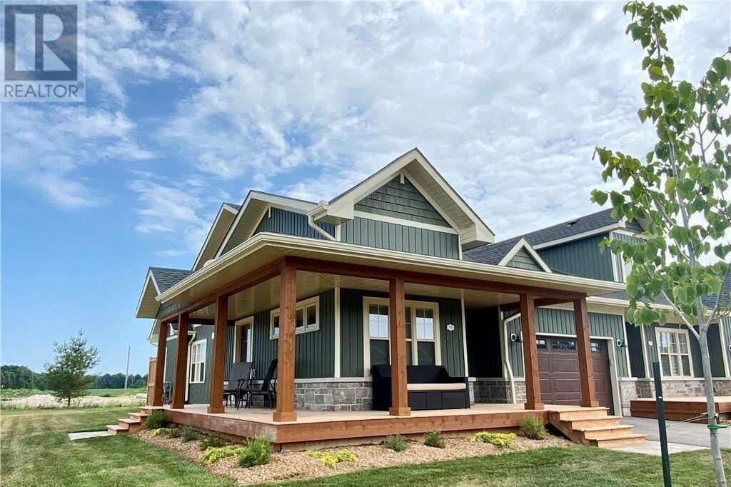 Townhouse for sale at 11 Fairway Ln Port Elgin Ontario - MLS: 264705