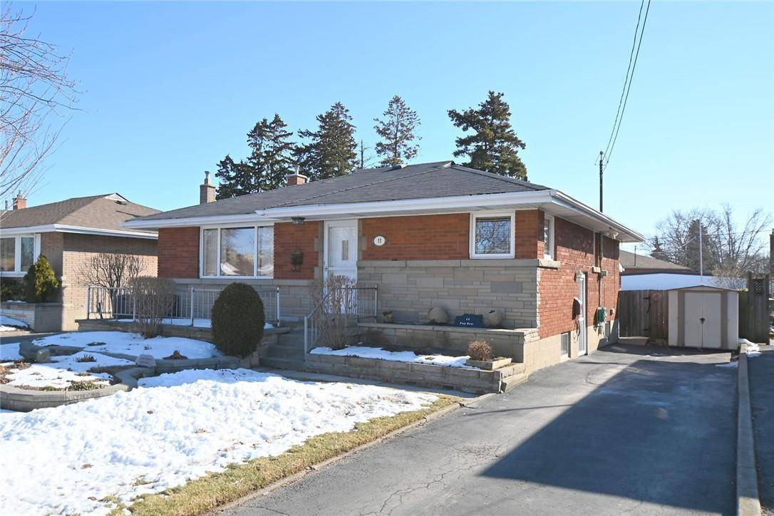 House for sale at 11 Fay Ave Hamilton Ontario - MLS: H4073042