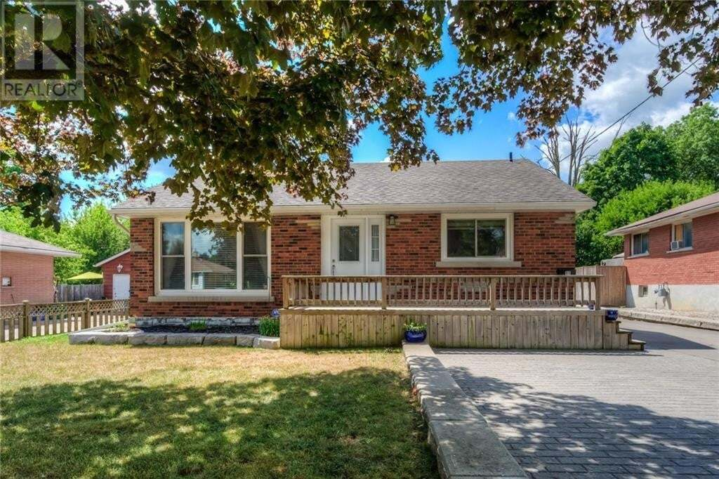 House for sale at 11 Fifth Ave Cambridge Ontario - MLS: 30824682