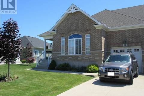 Townhouse for sale at 11 Gamble Ln Port Dover Ontario - MLS: 30749555