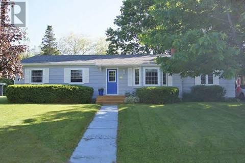 House for sale at 11 Glenridge Ave Bridgewater Nova Scotia - MLS: 201905334