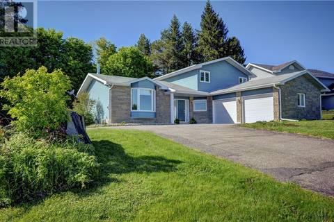 House for sale at 11 Glenwood Dr Huntsville Ontario - MLS: 202546