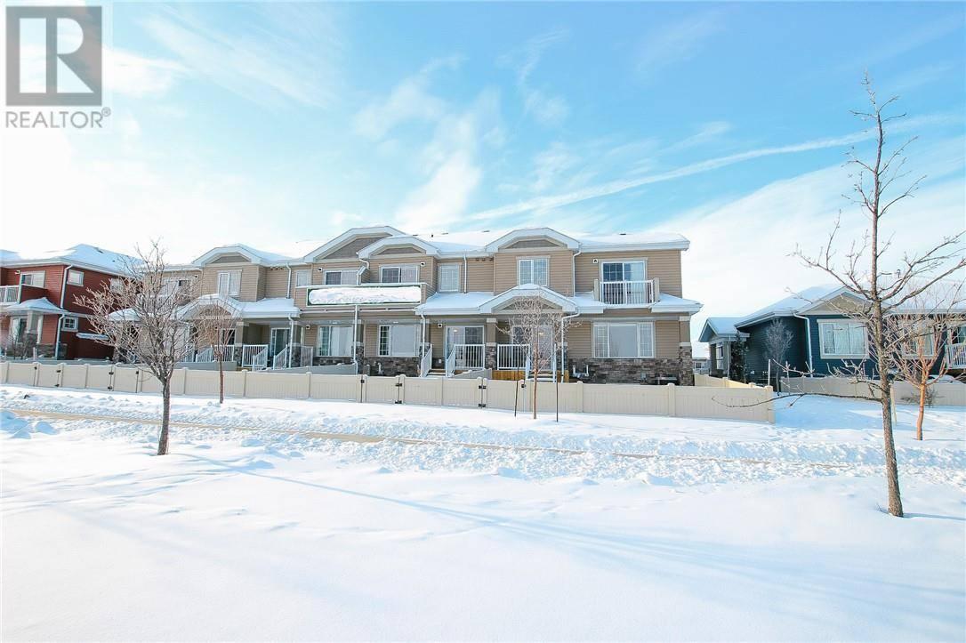 Townhouse for sale at 11 Golden Cres Red Deer Alberta - MLS: ca0186006