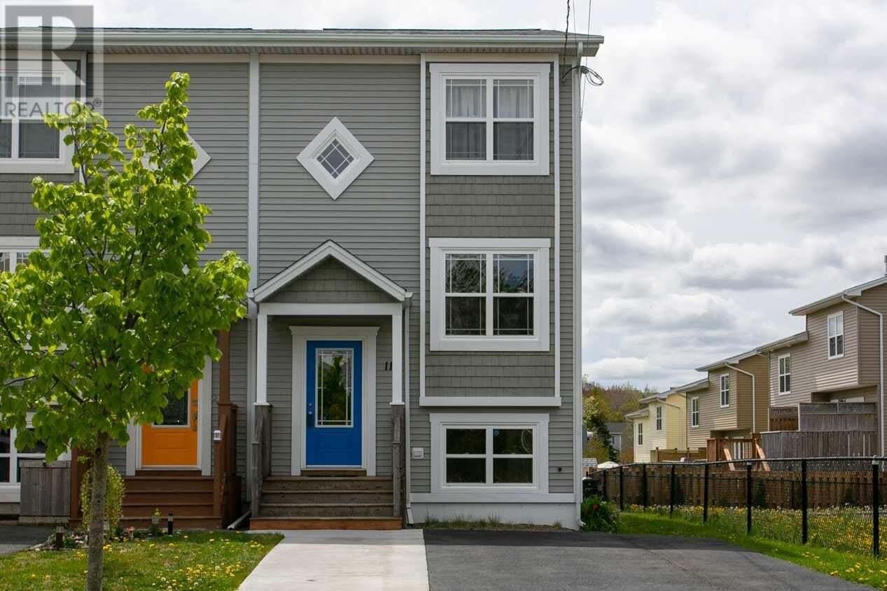 House for sale at 11 Halef Ct Halifax Nova Scotia - MLS: 202009193