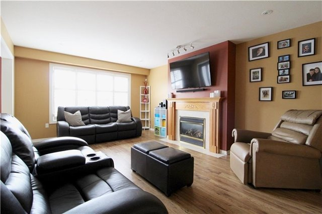 For Sale: 11 Hampshire Place, Hamilton, ON | 4 Bed, 4 Bath House for $799,900. See 20 photos!