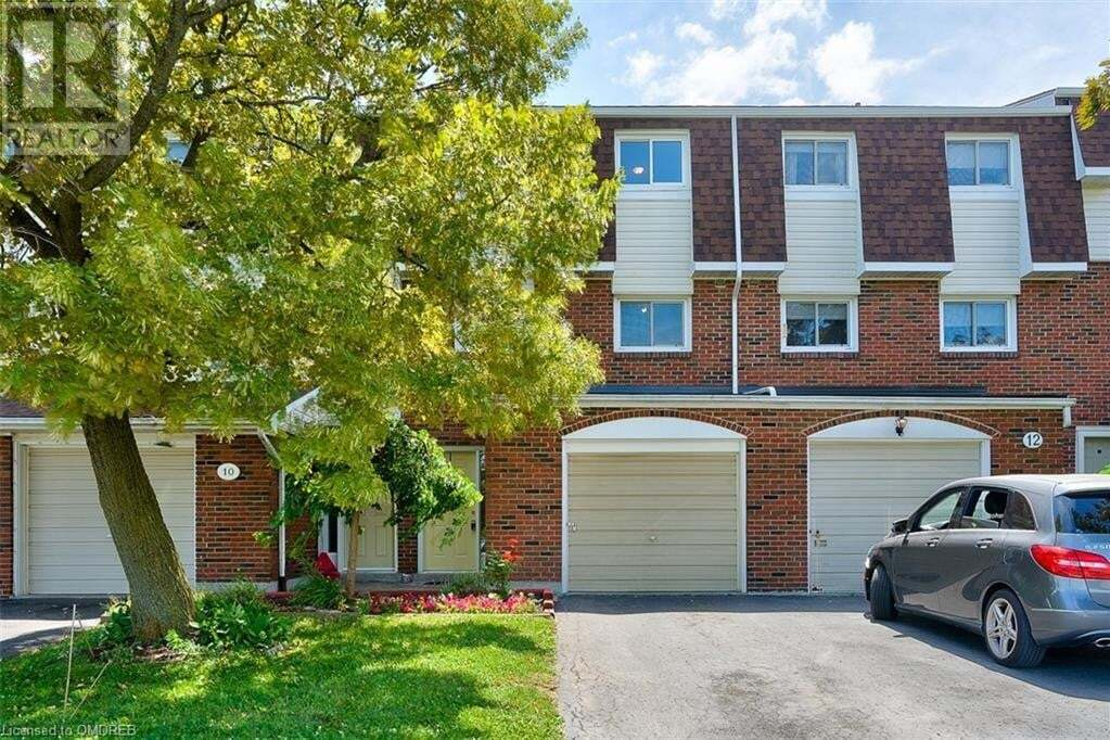 Townhouse for sale at 11 Harrisford St Hamilton Ontario - MLS: 40005295