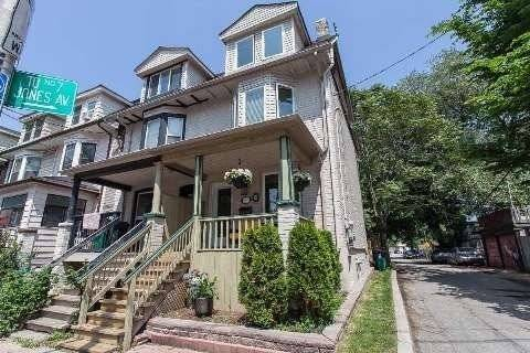Townhouse for rent at 11 Jones Ave Toronto Ontario - MLS: E4594813