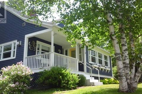 House for sale at 11 Kennebecasis River Rd Hampton New Brunswick - MLS: NB027817