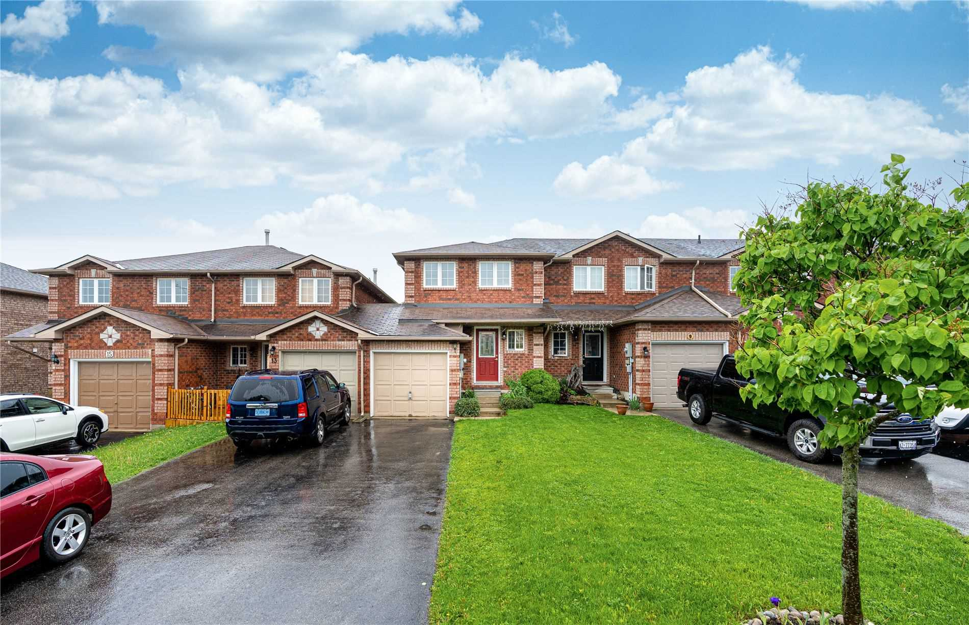 11 Lions Gate Boulevard, Barrie — For Sale @ $399,000 ...