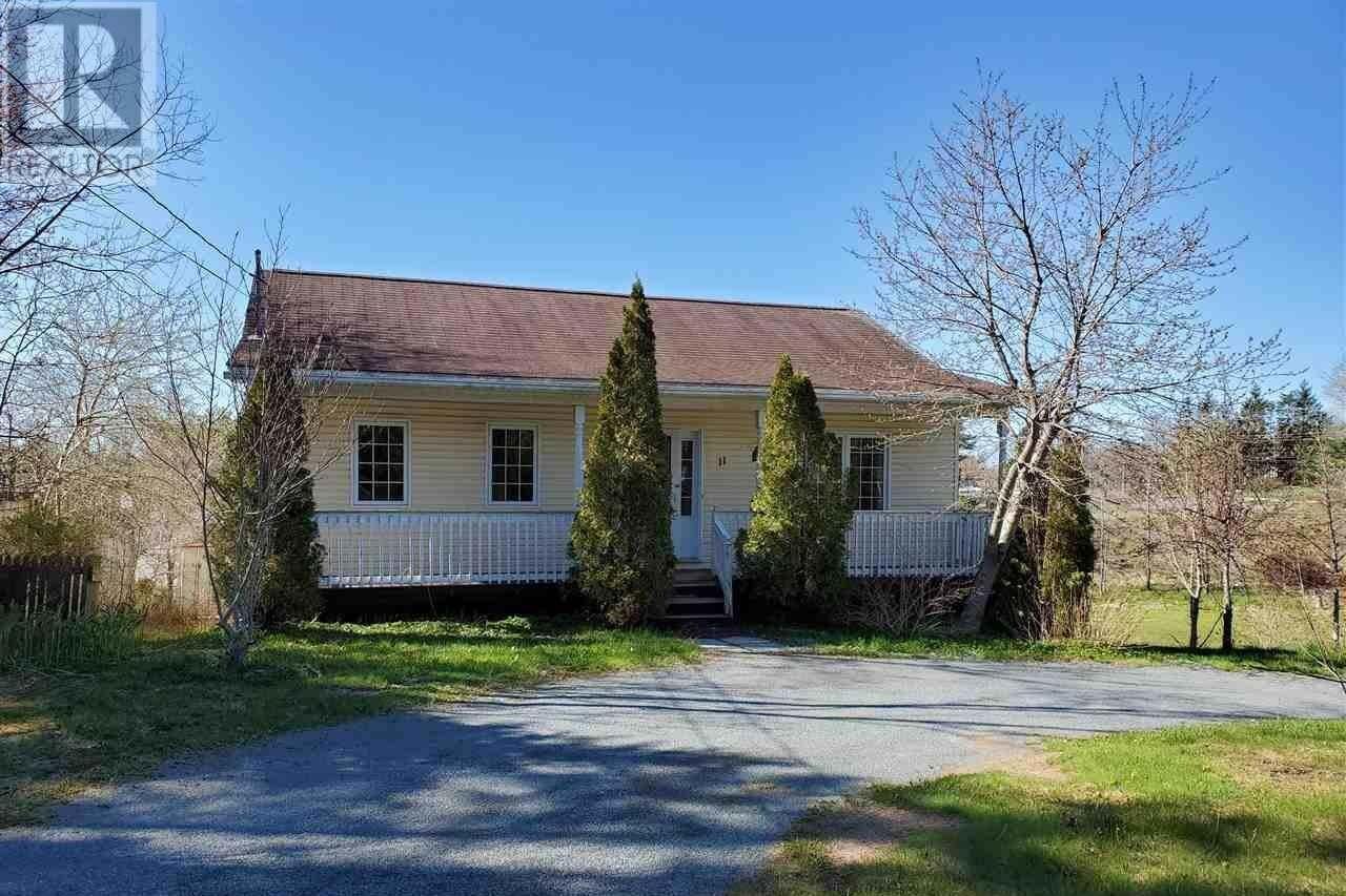 House for sale at 11 Mayflower Ave Beaver Bank Nova Scotia - MLS: 202008212