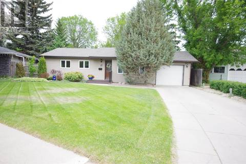 House for sale at 11 Murphy Cres Saskatoon Saskatchewan - MLS: SK778573