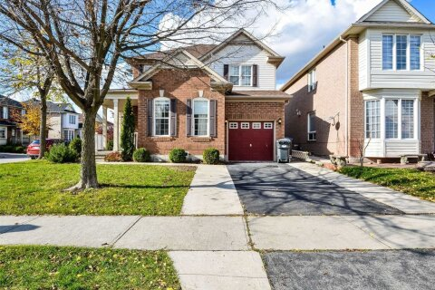 House for sale at 11 Napa Valley Cres Brampton Ontario - MLS: W4966497