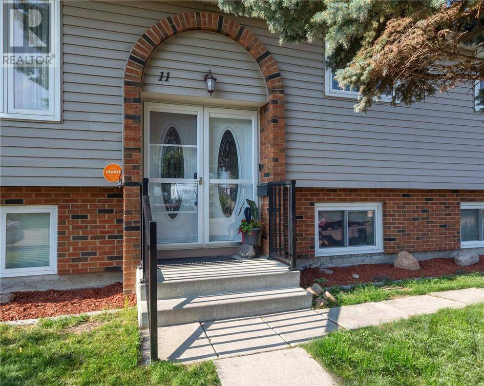 11 Pearson Crescent, Red Deer | Image 2