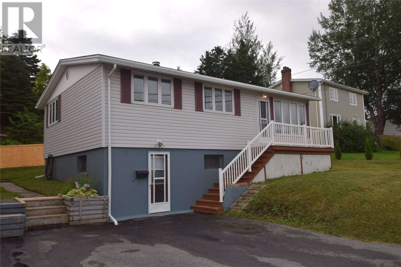 House for sale at 11 Petries St Corner Brook Newfoundland - MLS: 1201261