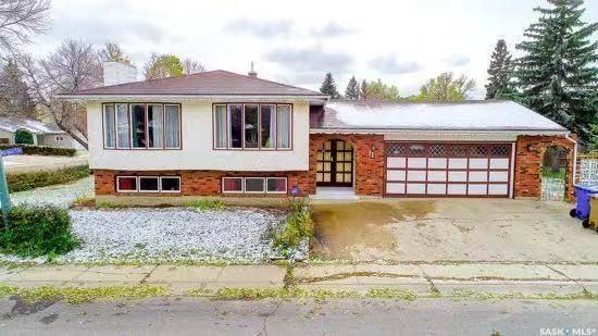 House for sale at 11 Plainsview Dr Regina Saskatchewan - MLS: SK771467