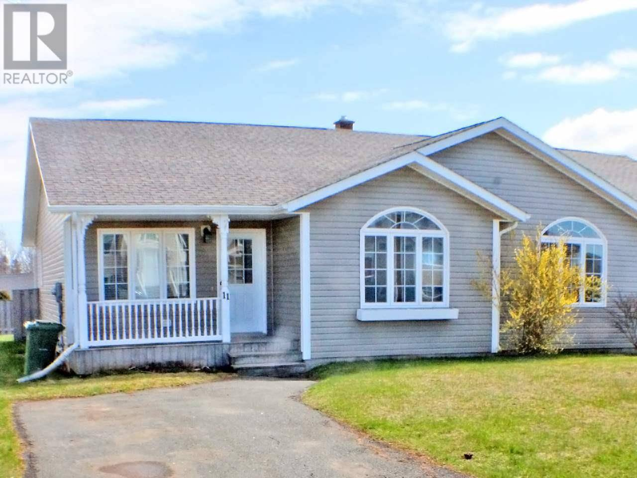 House for sale at 11 Porter Dr Charlottetown Prince Edward Island - MLS: 202003127