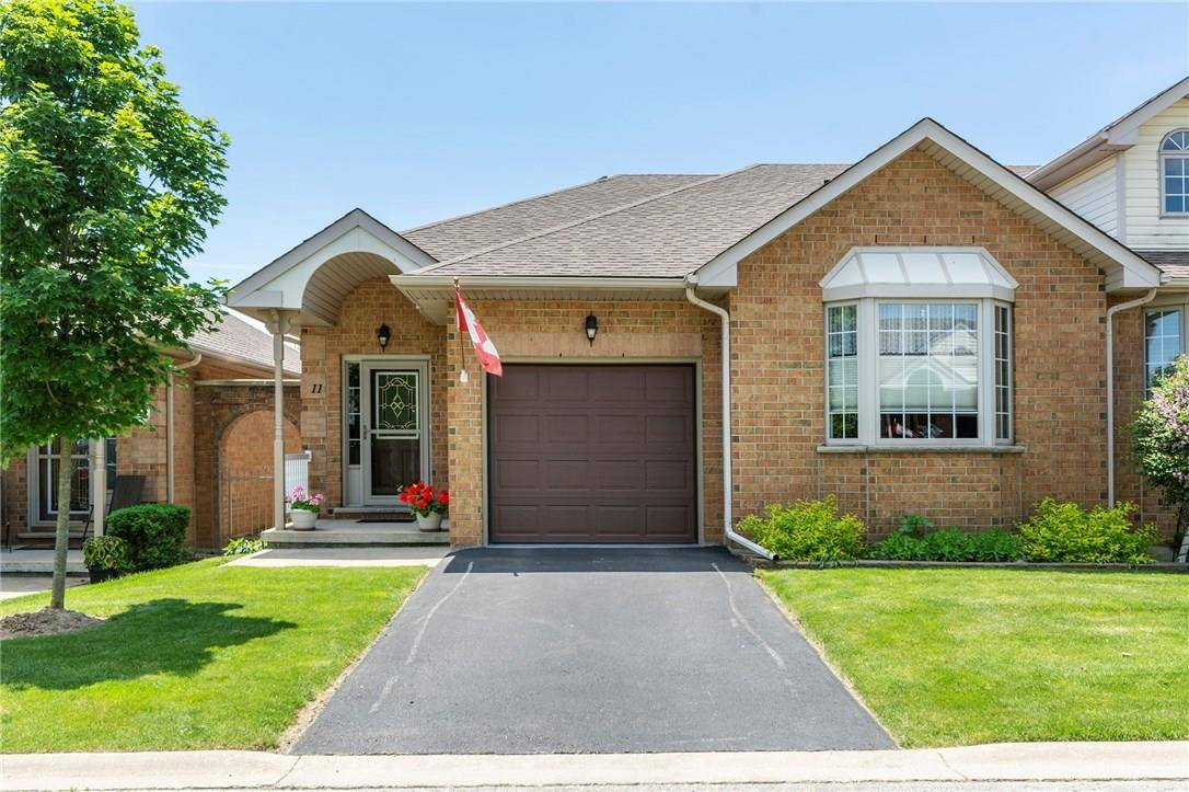House for sale at 11 Postoaks Dr Mount Hope Ontario - MLS: H4060281