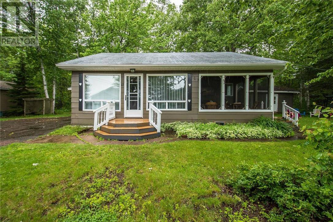 House for sale at 11 Riverview Ln Grand Barachois New Brunswick - MLS: M124003