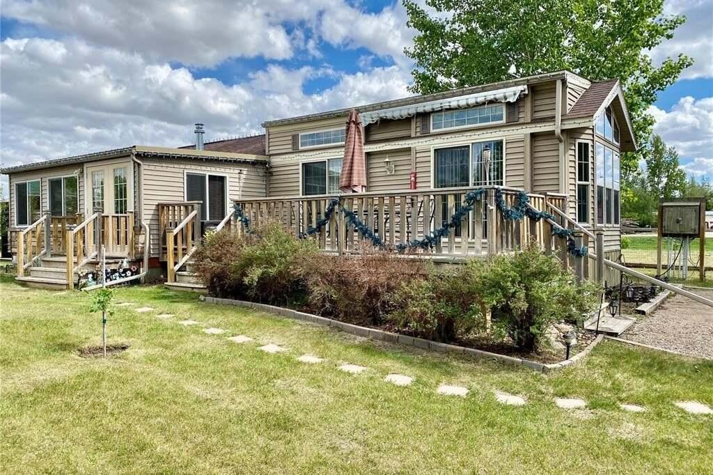 Residential property for sale at 11 Rowan Dr Last Mountain Lake East Side Saskatchewan - MLS: SK812740