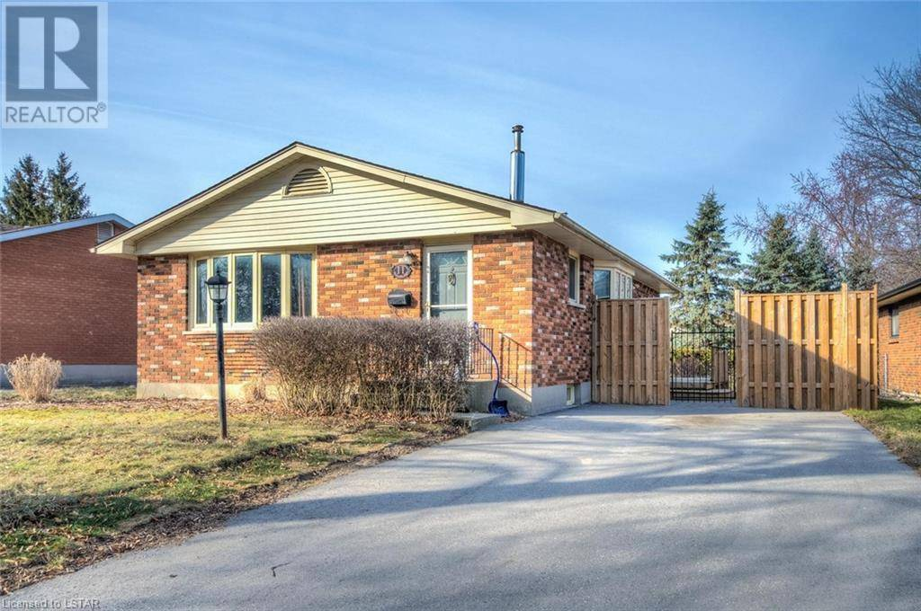 House for sale at 11 St Clair Cres London Ontario - MLS: 251416