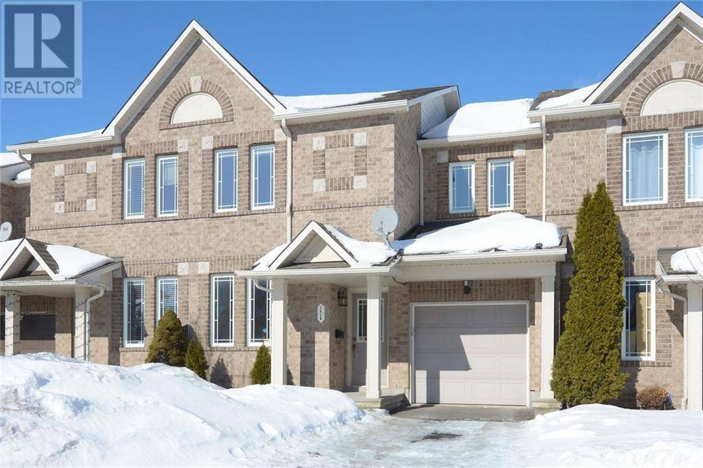 Townhouse for sale at 11 Stoneleigh St Nepean Ontario - MLS: 1183216