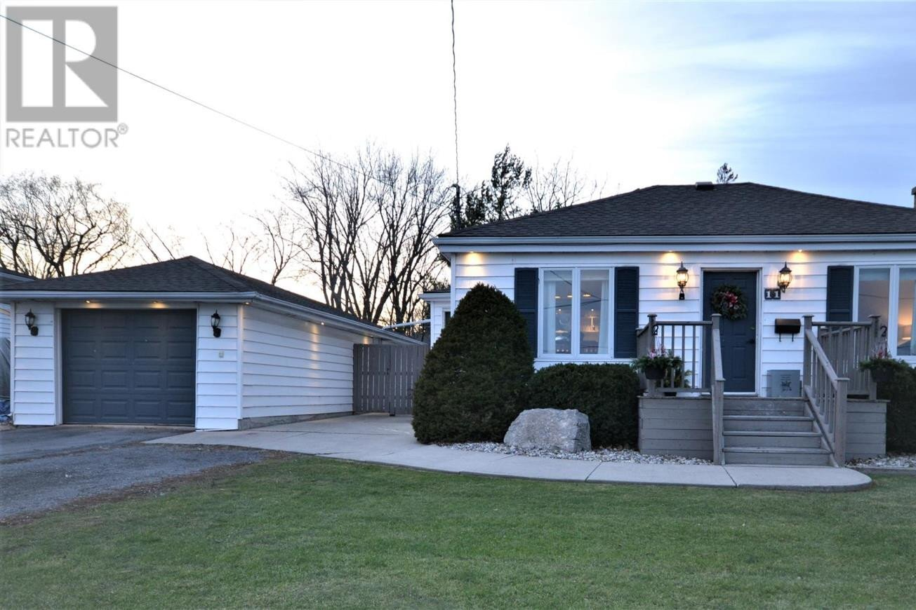 House for sale at 11 Sunny Acres Rd Kingston Ontario - MLS: K20006706