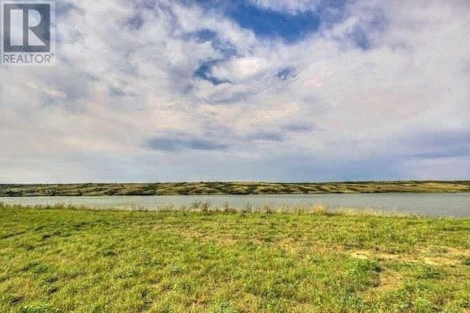 Home for sale at 11 Sunset Blvd Buffalo Pound Lake Saskatchewan - MLS: SK827255