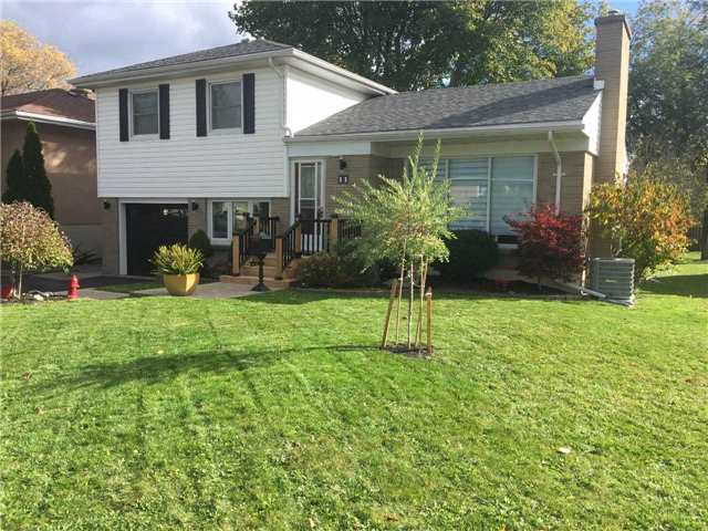 For Sale: 11 Symington Drive, Belleville, ON   3 Bed, 2 Bath House for $319,500. See 19 photos!