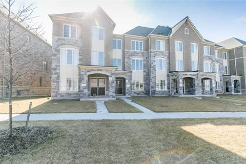 Townhouse for sale at 11 Temple Manor Rd Brampton Ontario - MLS: W4420446
