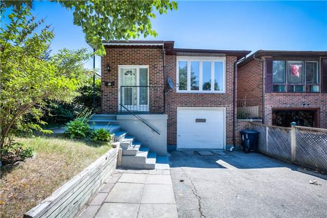 Sold: 11 Thistlewaite Crescent, Toronto, ON