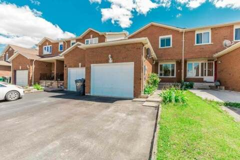 Townhouse for sale at 11 Tulip Dr Brampton Ontario - MLS: W4860813