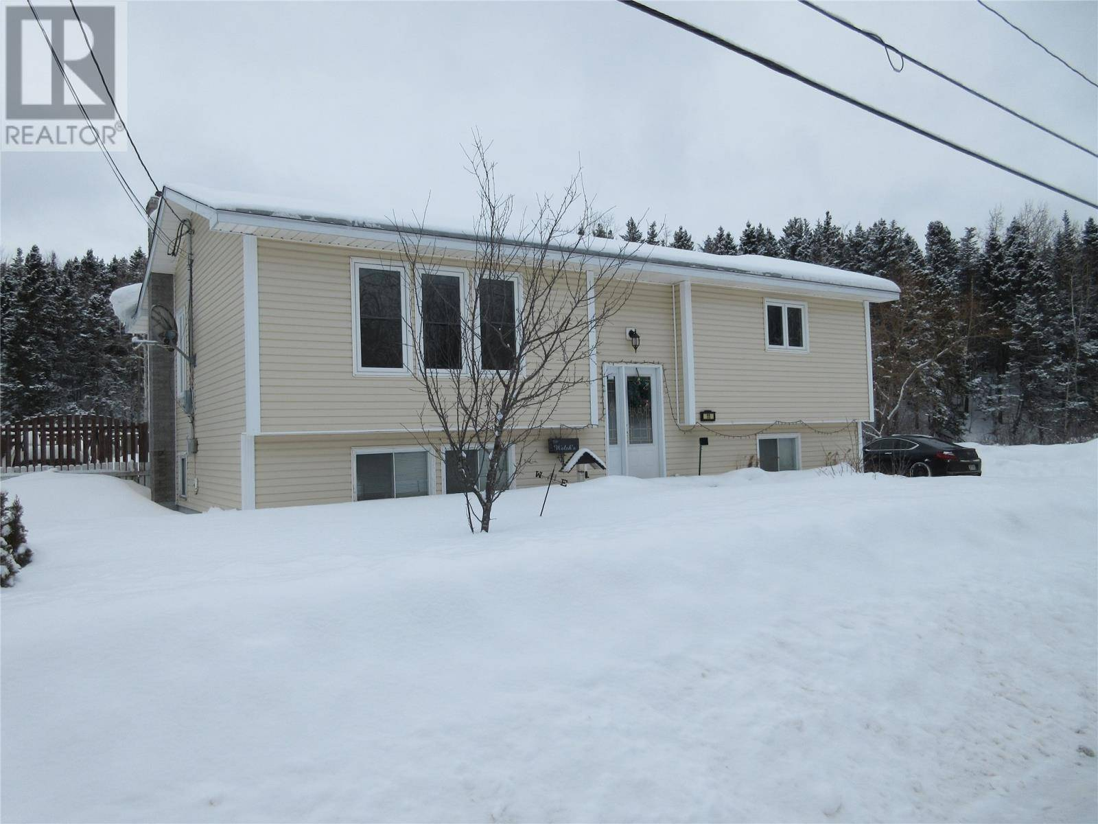 House for sale at 11 Valleyview Rd Bishop's Falls Newfoundland - MLS: 1211435