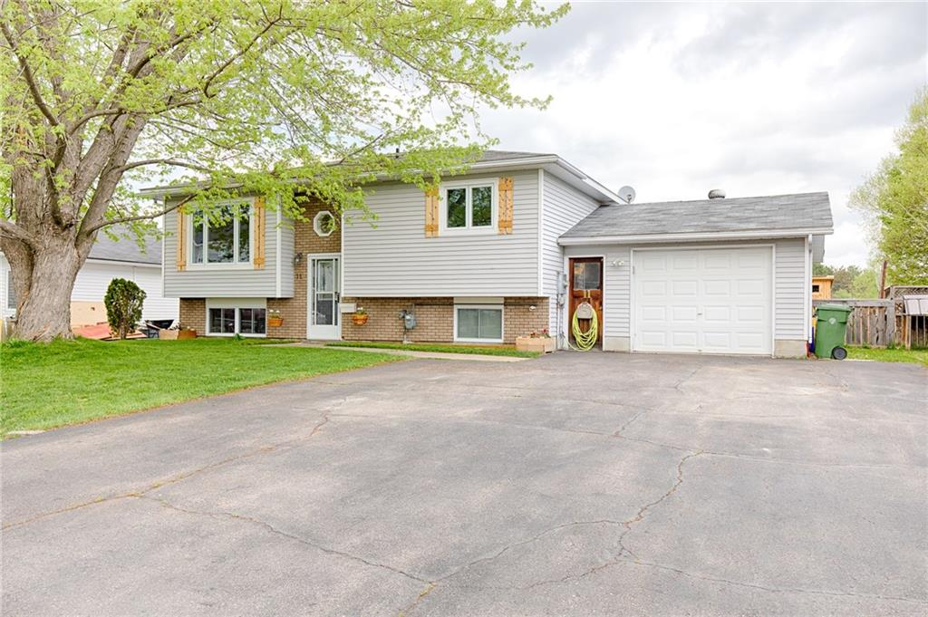 Removed: 11 Vereyken Crescent, Petawawa, ON - Removed on 2020-05-28 00:03:10