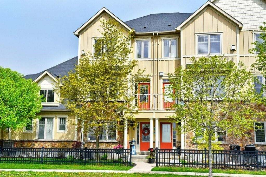 Townhouse for sale at 11 Wally Dr Wasaga Beach Ontario - MLS: 261677