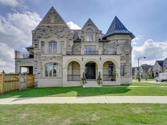 House for sale at 11 Westbrooke Boulevard King Ontario - MLS: N4285379