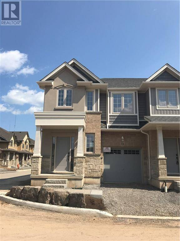 Townhouse for rent at 11 White Star Ln Grimsby Ontario - MLS: 30801386