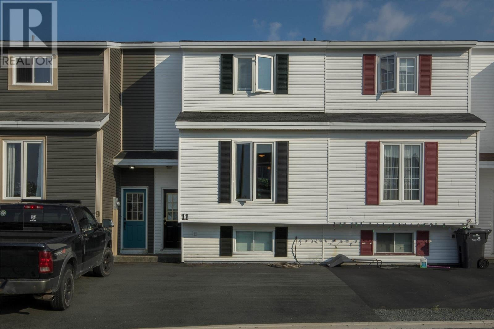 House for sale at 11 Winsor Pl Mount Pearl Newfoundland - MLS: 1191482
