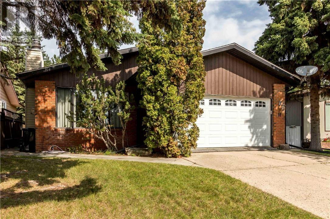 House for sale at 11 Woodland Cres Sylvan Lake Alberta - MLS: ca0173023