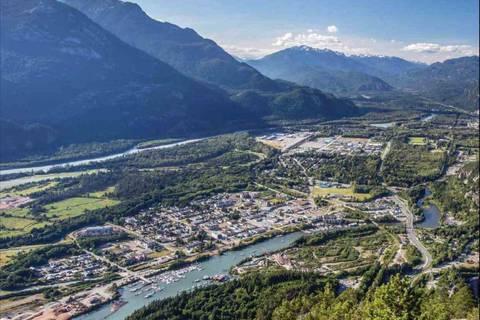 110 - 38165 Cleveland Avenue, Squamish | Image 2