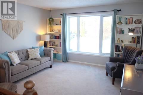 House for sale at 110 3rd St W Langham Saskatchewan - MLS: SK799007