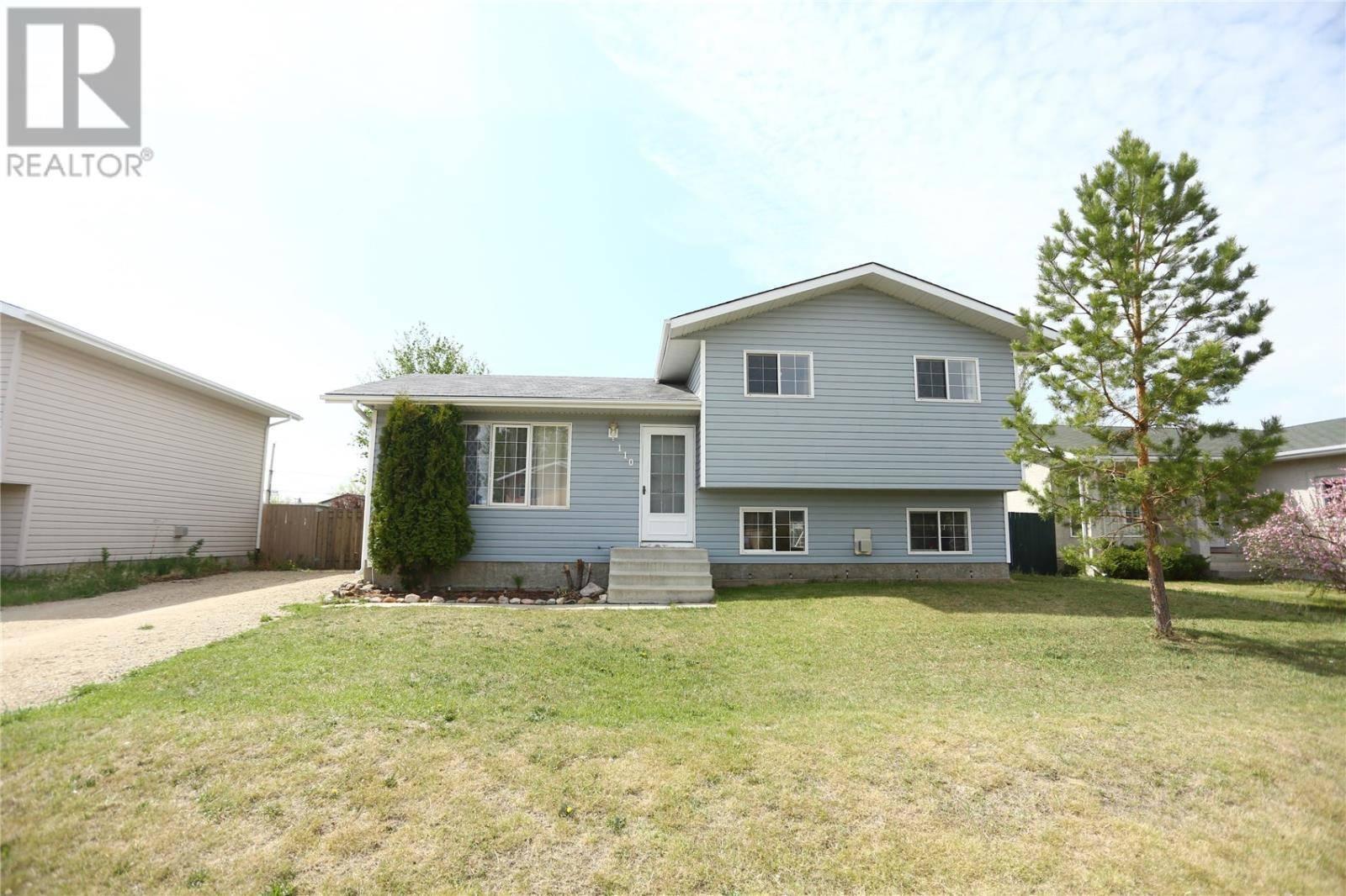 House for sale at 110 4th St Dundurn Saskatchewan - MLS: SK773167